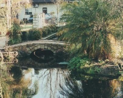 Garden 2 (404 x 600)