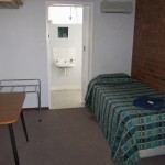 j.7 single room