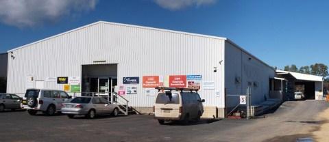 Shop front.no name (480 x 208)