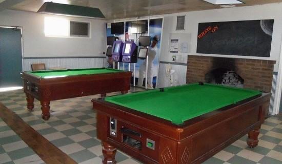 j.10 pool table